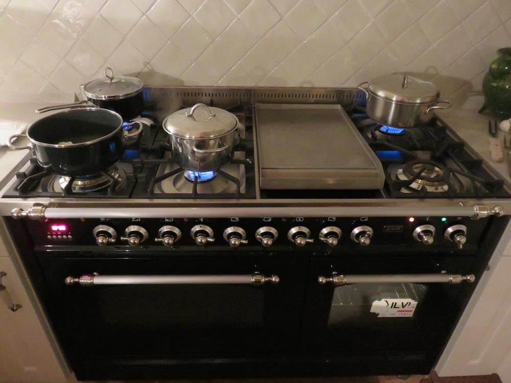 kochen damals und heute r ckblick auf die baustellen k che landidylle. Black Bedroom Furniture Sets. Home Design Ideas