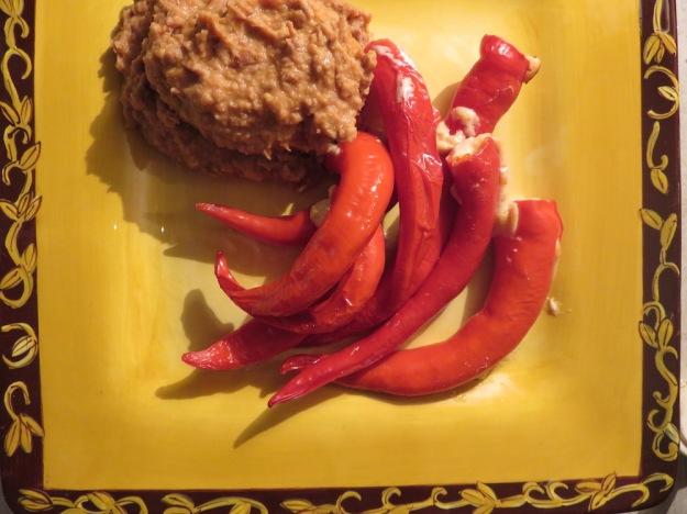 gefuellte-pimientos-bohnenmus