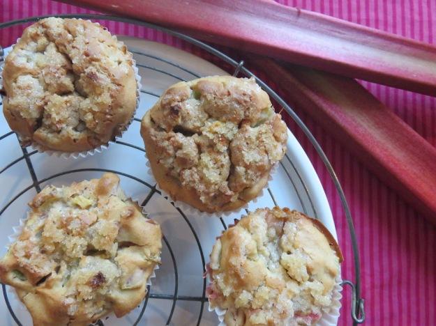 Rhabarber-Ingwer-Muffins