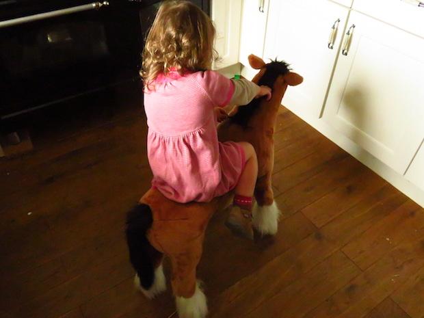 kind-pferd