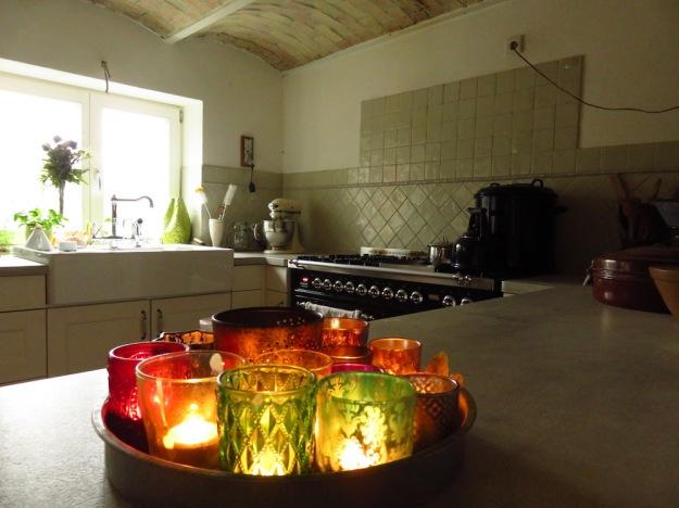 Teelichter als Wärmequelle in der Küche