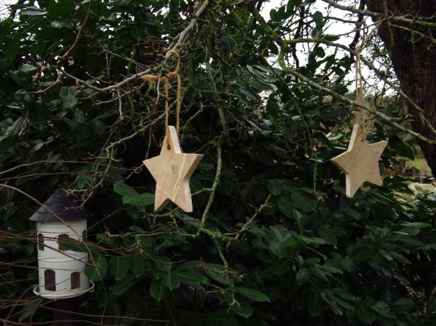 Weihnachtssterne aus Holz