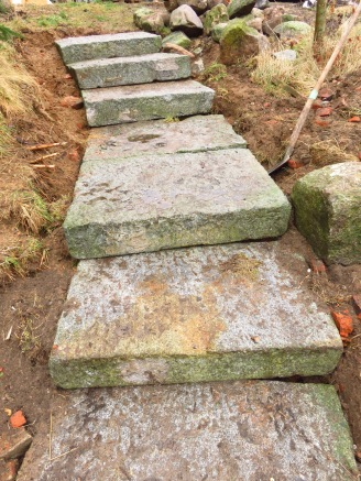 Die Treppe aus Granitschwellen