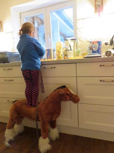 Backen mit Kindern und Pferden