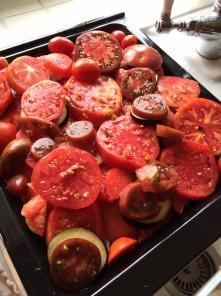 Gebackene Auberginen mit Tomate als Konserve